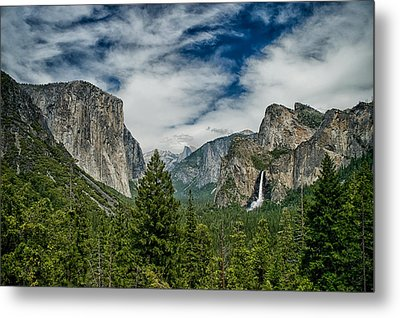 Classic Tunnel View Metal Print by Cat Connor