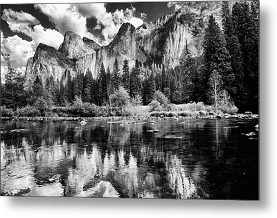 Classic Yosemite Metal Print by Cat Connor