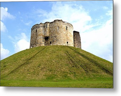 Metal Print featuring the photograph Clifford's Tower York by Scott Lyons