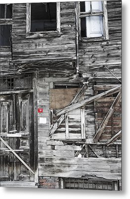 Closed No16 Metal Print by Lutz Baar