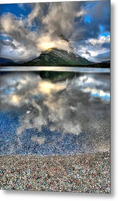 Metal Print featuring the photograph Cloud Catcher by David Andersen