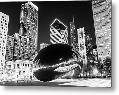 Cloud Gate Chicago Bean Black And White Picture Metal Print by Paul Velgos