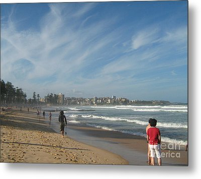 Metal Print featuring the photograph Clouds Over Manly Beach by Leanne Seymour