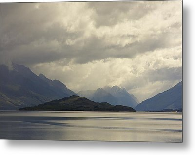 Metal Print featuring the photograph Clouds Over Wakatipu #2 by Stuart Litoff