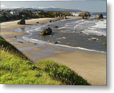 Coastal Views, Bandon, Oregon Metal Print by William Sutton