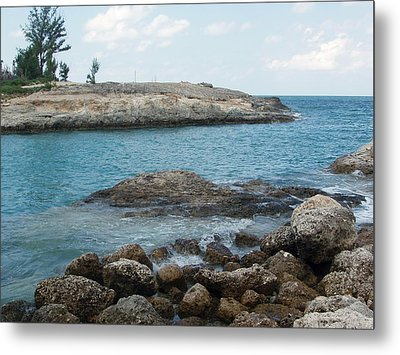 Metal Print featuring the photograph Cococay In The Bahamas by Teresa Schomig