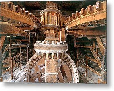Cogs And Gears Metal Print by Dorling Kindersley/uig