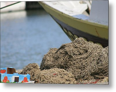 Coiled Fisherman's Net Metal Print