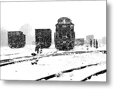 Metal Print featuring the photograph Cold Day On The Job by Mike Flynn