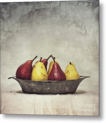 Color Does Not Matter Metal Print by Priska Wettstein