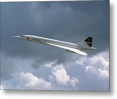 Concorde 01 Metal Print by Paul Gulliver