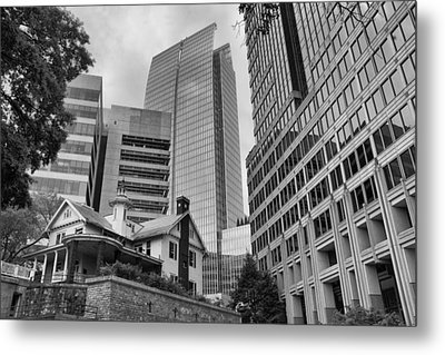 Contrasting Southern Architecture Metal Print