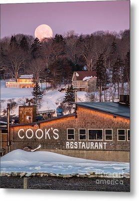 Cook's Full Moon Metal Print