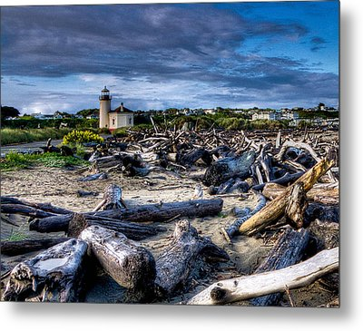 Coquille River Lighthouse And Driftwood Metal Print
