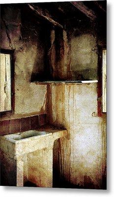 Corner Of Kitchen Metal Print by RicardMN Photography