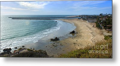 Corona Del Mar Beach View - 02 Metal Print by Gregory Dyer