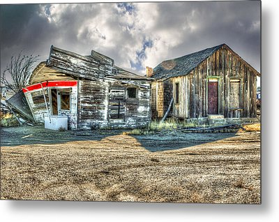 Country Stand Metal Print by Mary Timman