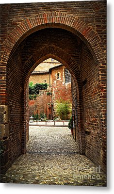 Courtyard Of Cathedral Of Ste-cecile In Albi France Metal Print by Elena Elisseeva