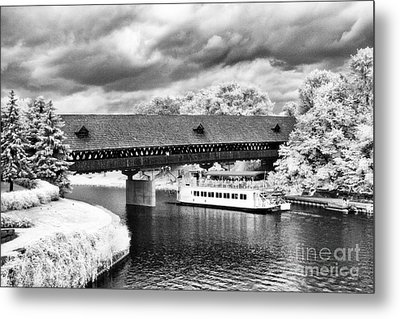 Covered Bridge In Frankenmuth Metal Print by Jeff Holbrook