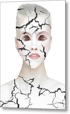 Crack Metal Print by Yosi Cupano