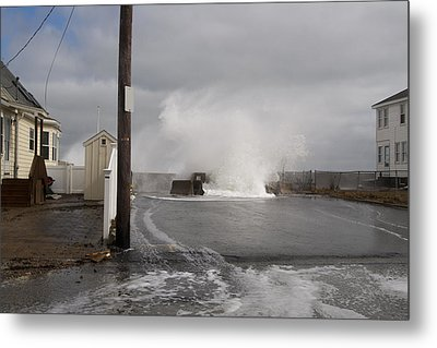 Crashing Over The Wall Metal Print by Eugene Bergeron