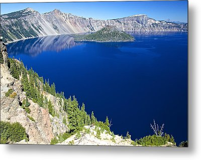 Metal Print featuring the photograph Crater Lake Wizard Island 090910a by Todd Kreuter