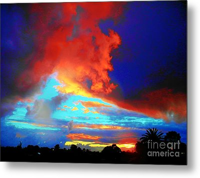 Metal Print featuring the photograph Strange Sunset by Mark Blauhoefer