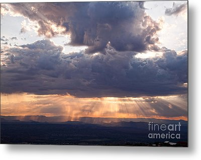 Metal Print featuring the photograph Crepuscular Light Rays Over Sedona From Jerome Arizona by Ron Chilston
