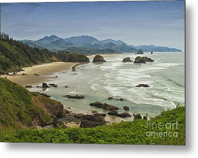 Crescent Beach Oregon Metal Print by Carrie Cranwill