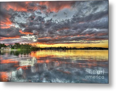 Crimson Sunset Over Cockle Bay Metal Print by Geoff Childs