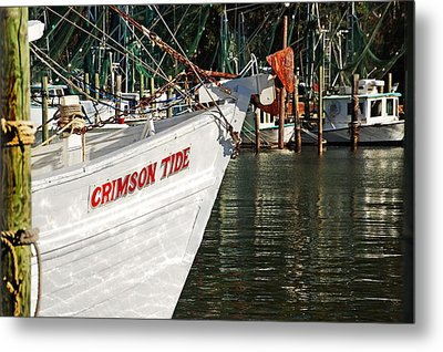 Crimson Tide Bow Metal Print by Michael Thomas