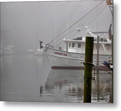 Crimson Tide In The Mist Metal Print by Michael Thomas