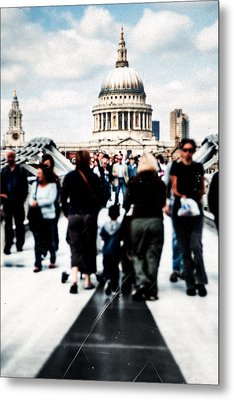Crossing Over The Thames Metal Print by Mark E Tisdale