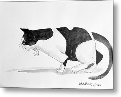 Crouching Cat Metal Print