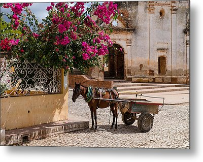 Metal Print featuring the photograph Cuba Impression by Juergen Klust