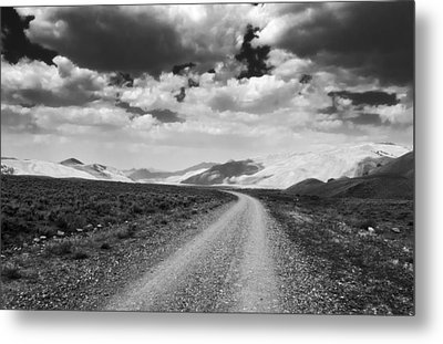 Curving Road Into The Mountains Metal Print by Eric Benjamin
