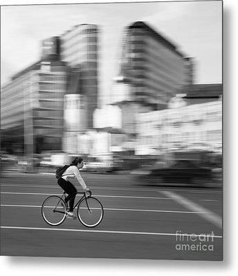 Cyclist Metal Print by Maurizio Bacciarini