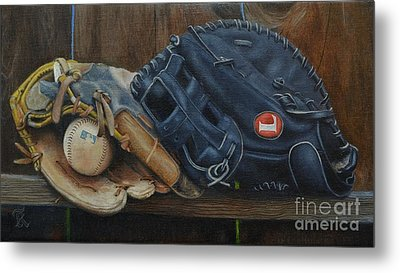 Let's Play Catch Metal Print by Ralph Taeger