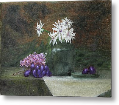Daisies In Green Vase Metal Print