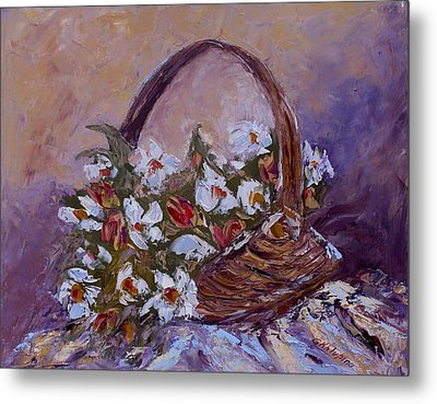 Daisies In The Old Basket Metal Print