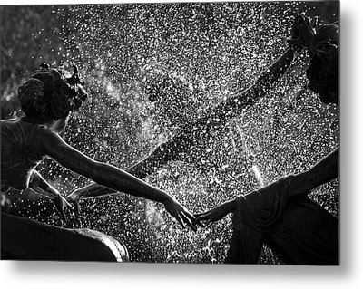 Dancing Girls Of Central Park Metal Print by Dave Beckerman