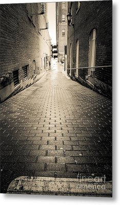 Dark Alley Metal Print by Edward Fielding