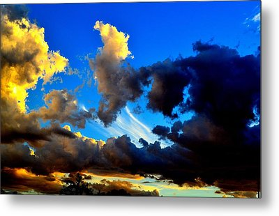 Metal Print featuring the photograph Dark And Dusty Skies  by Naomi Burgess