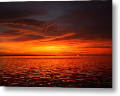 Darkness Meets Light Metal Print by Laura Hiesinger