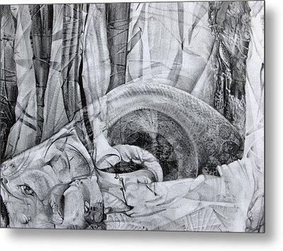 Das Monster Hat Sich Im Ungebuegelten Hintergrund Versteckt Metal Print by Otto Rapp