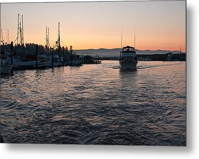 Metal Print featuring the photograph Dawn Fishing by Erin Kohlenberg