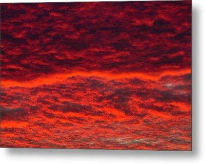 Dawn Sky, Portland, Oregon Metal Print by William Sutton