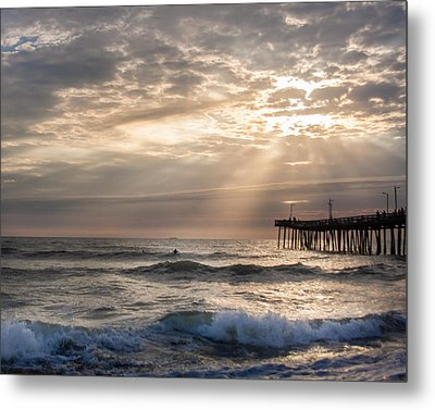 Metal Print featuring the photograph Dawns Ocean Rays by Dawn Romine