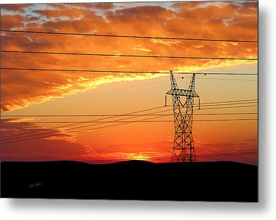 Metal Print featuring the photograph Daybreak On The Plains by Bill Kesler