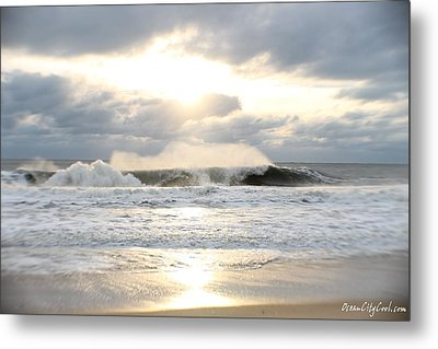 Day's Rolling Waves Metal Print by Robert Banach